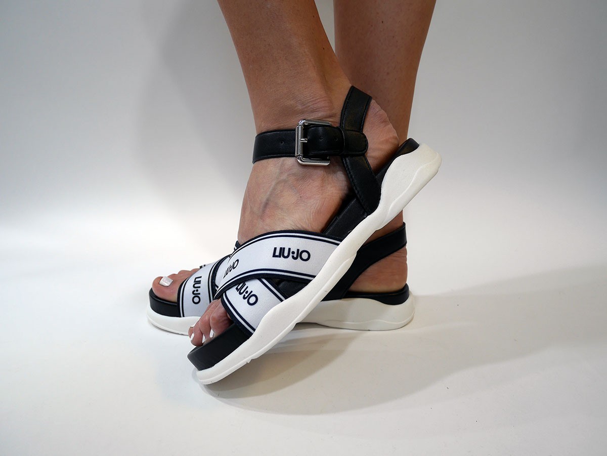 STAR-01-SANDAL-BLACK-1