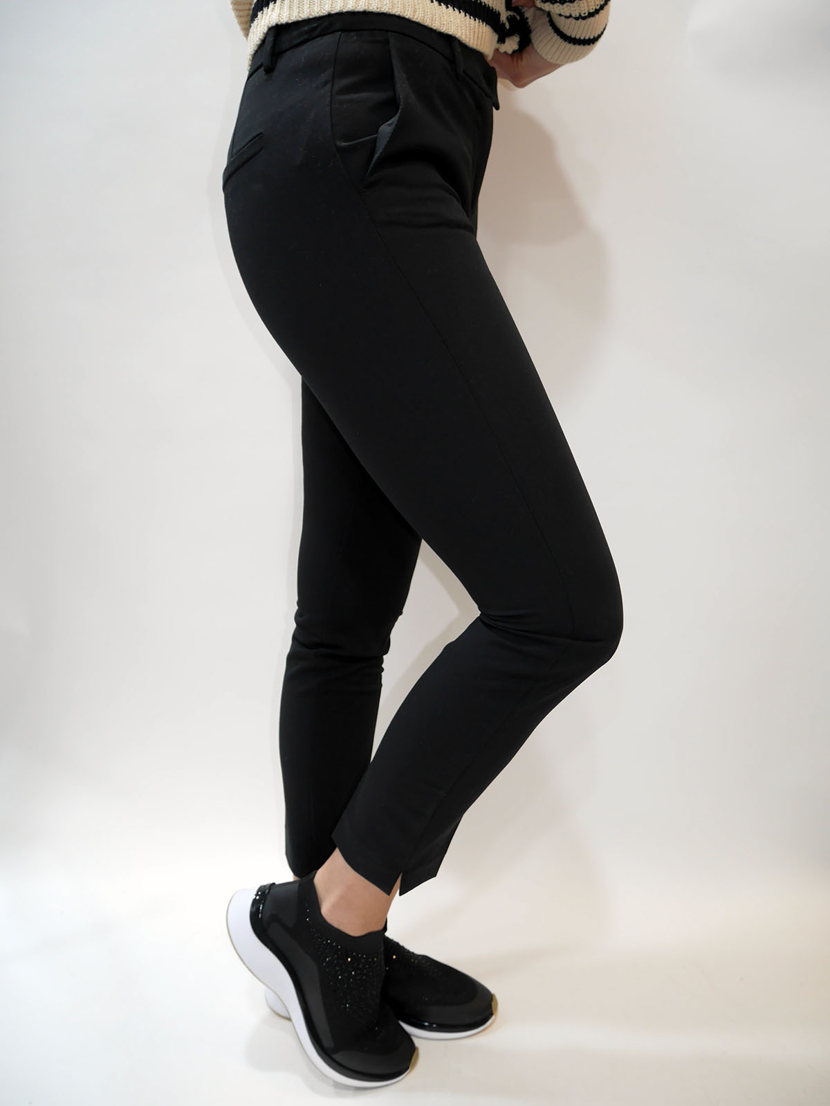 4ANK56386 TROUSERS 2