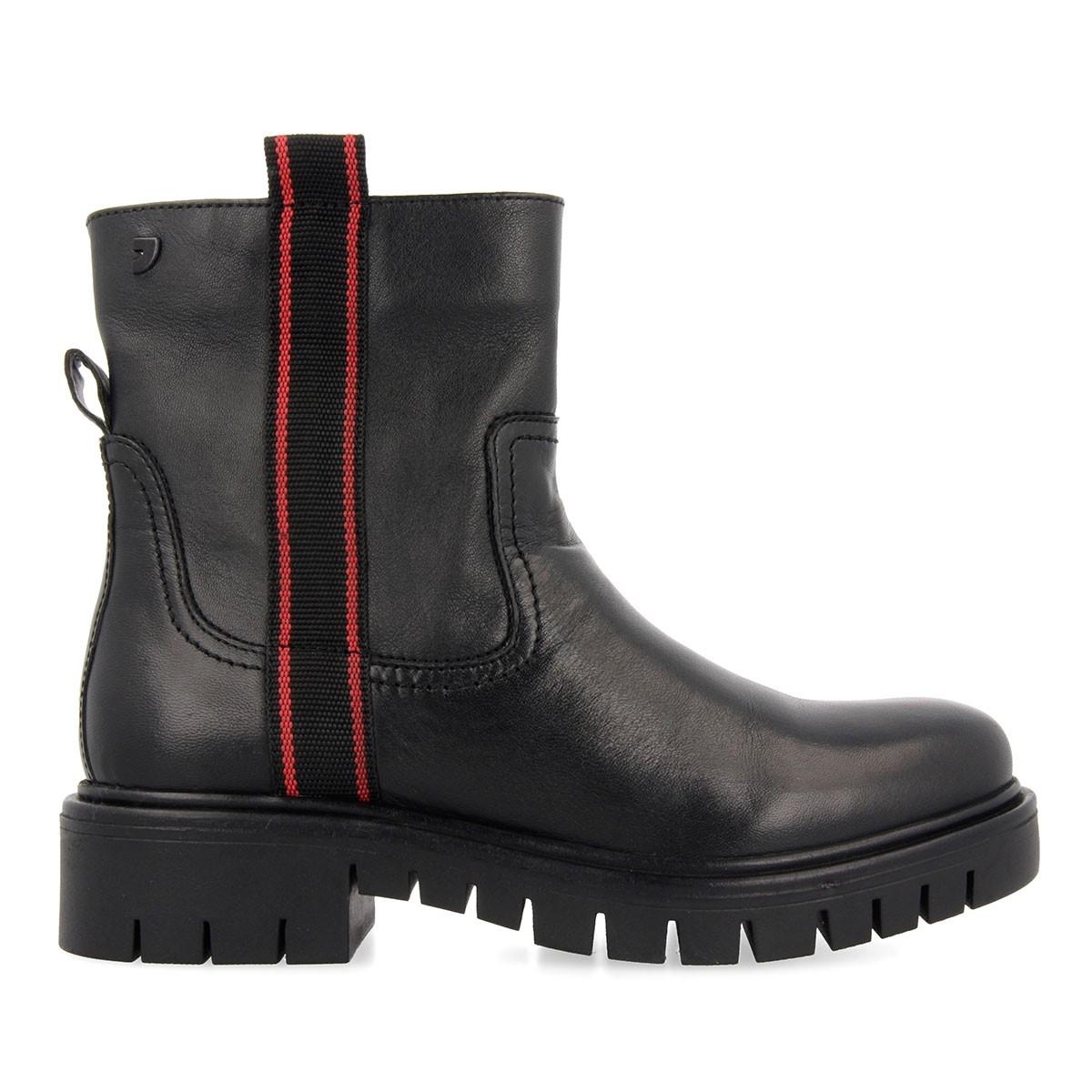 56554 Black BOOTS 1