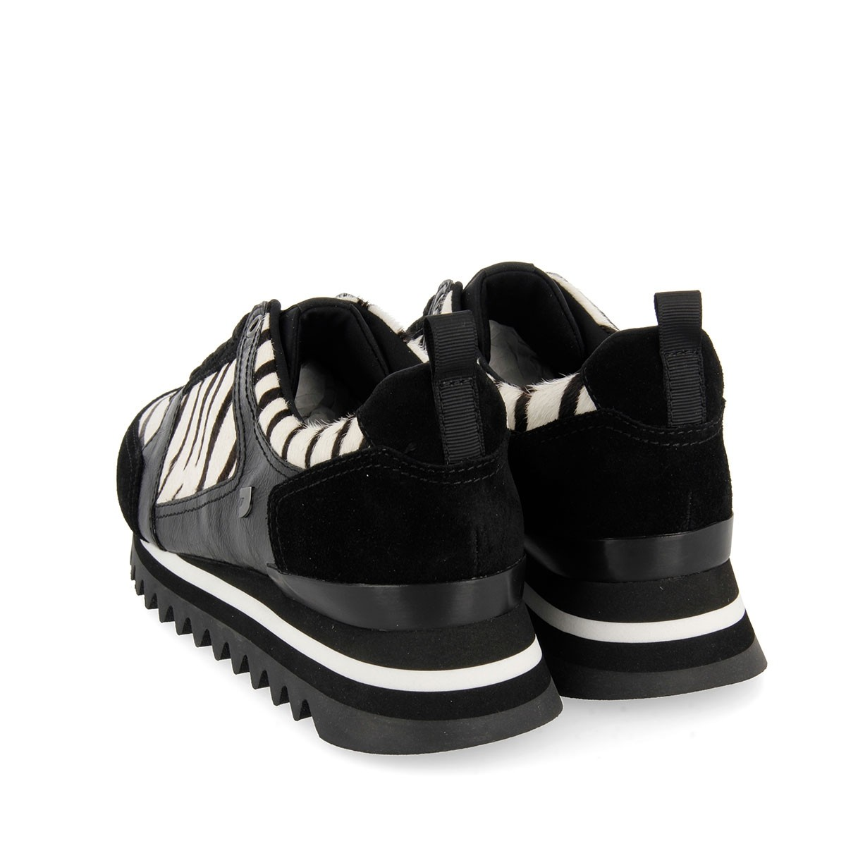 56709 Off-White CASUAL-SPORT 4