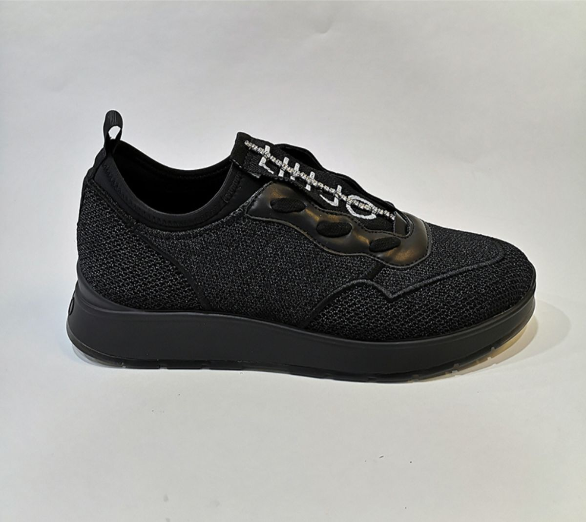 B69007-TX047 ASIA 04 SLIP-ON BLACK 5